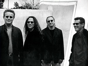 老鹰乐队席卷欧美排行榜 新专辑将是最后绝唱