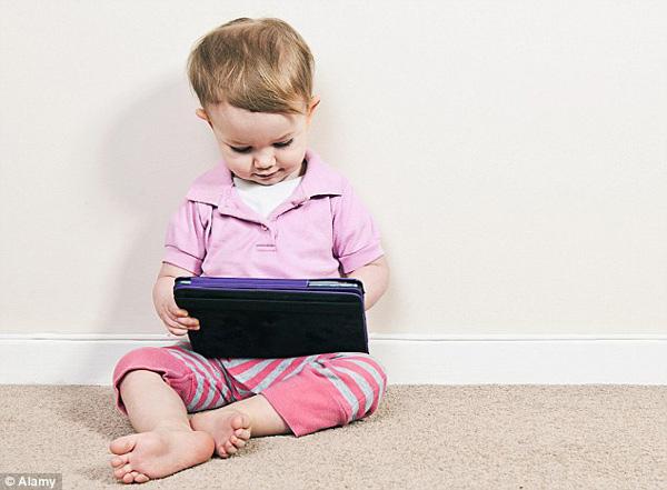 宝宝一出生就该给他们iPad?[1]