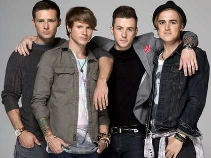 mcfly: love is on the图片