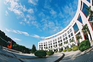 亚洲最佳大学排行榜出炉 香港科技大学位居第