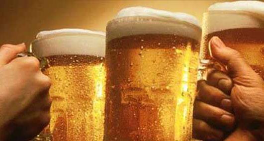 研究称啤酒可防感冒 要大量喝才有效