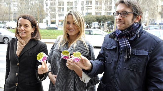 """意大利孕妇坐公交可凭徽章""""求让座"""""""