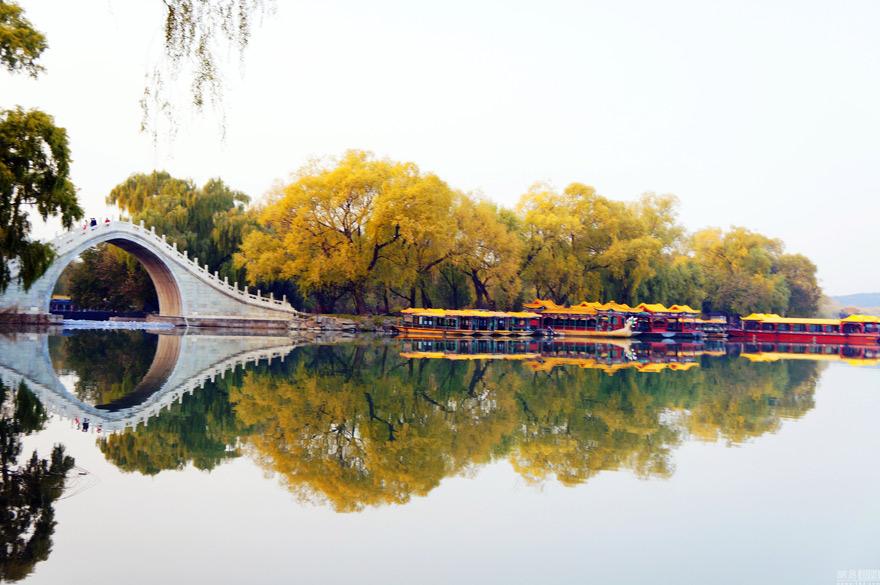 北京颐和园迎初冬 迷人景象似江南水乡(组图)