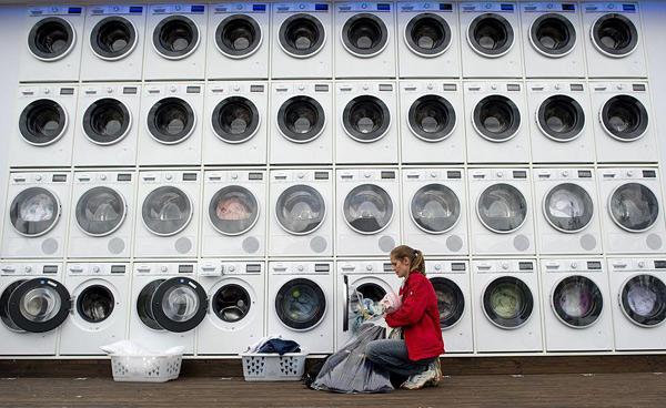 能给洗衣机下命令的智能联网衣服面世