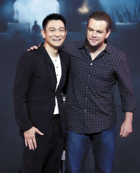 """张艺谋新片引""""洗白""""争议 主演马特?达蒙称未抢华裔角色"""