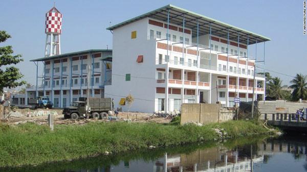 亚洲建筑师设计出热带神奇大楼 不用空调也凉爽