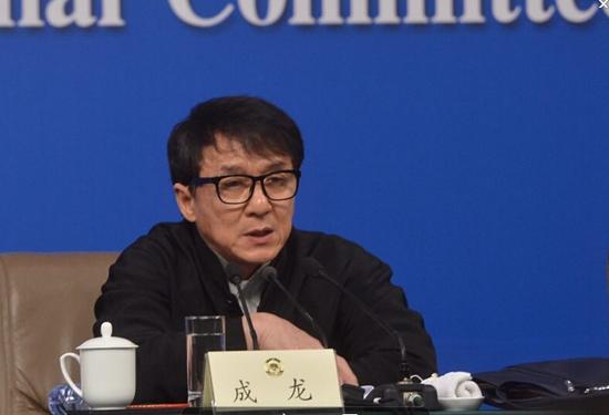 成龙:是中国市场让我牛