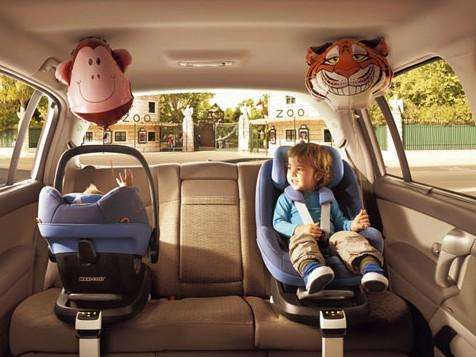 """有一种过失叫""""把孩子忘在车里"""""""