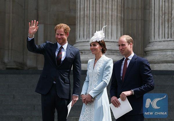 哈里王子曾因戴妃之死患心理问题 28岁之前选择逃避