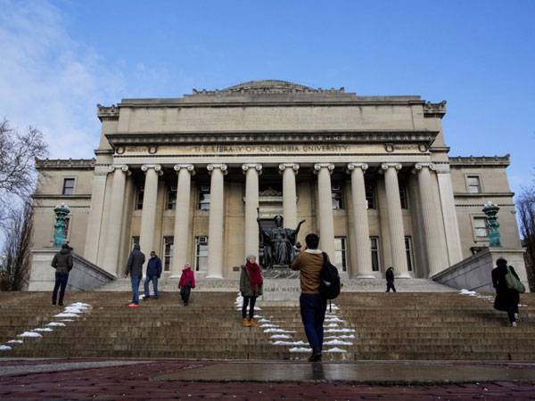 国际学生人数下降 赴美留学热在降温吗?