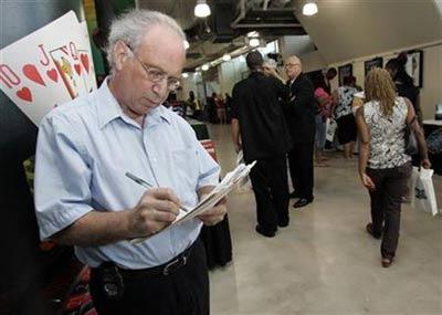 经济危机迫使美国老年人重返职场