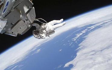 美公司招宇航员 要开太空旅馆
