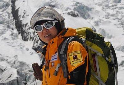 44岁韩国女性征服14座高峰 创世界纪录