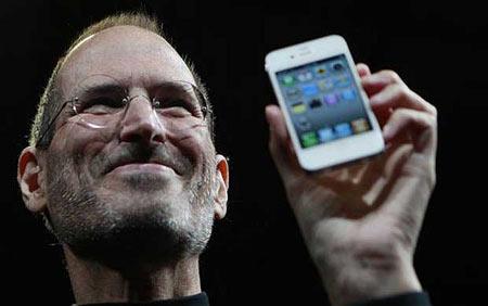 苹果公司创始人史蒂夫•乔布斯因癌症于美国时间周三去世,享年