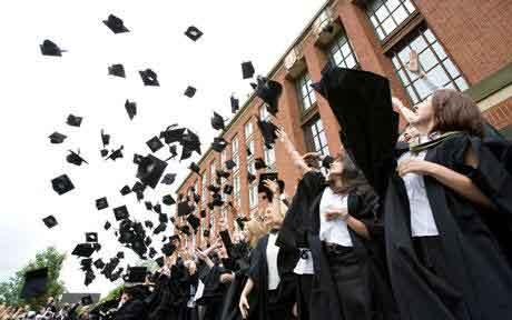 2016婚纱照片背景音尔2020年全球大学毕业生或短缺?2016秋蓝亭鸟