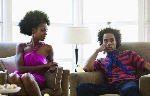 研究发现:男人与伴侣聊天仅6分钟热度