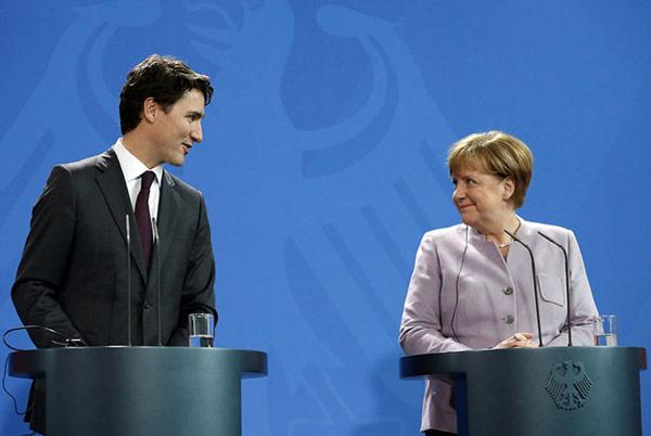"""特鲁多""""鲜肉照""""爆红 全世界都为加拿大总理疯狂了(组图)"""